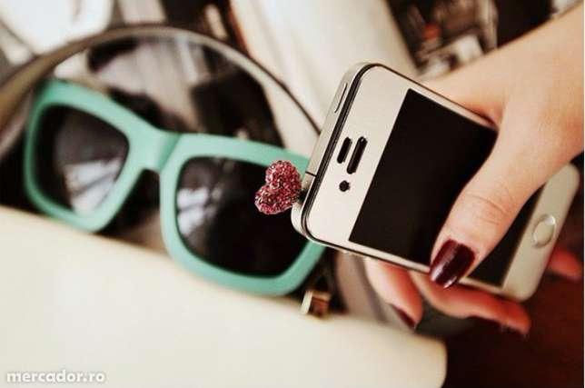 Cum influenteaza accesoriile un telefon?